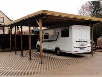 Stellplatz für Wohnmobil Wohnwagen oder