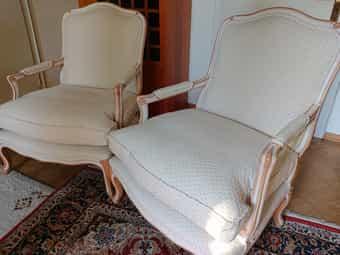 Wesley-Barrell 2 wertvolle handgefertigte Sessel