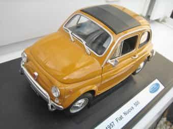 Fiat 500 Nouva und Fiat