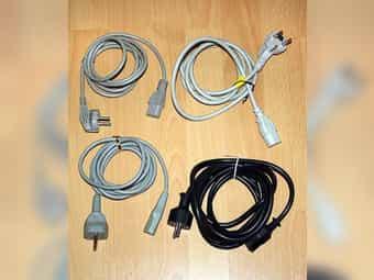 4x Kaltgeräte Kabel 3-polig Netzkabel