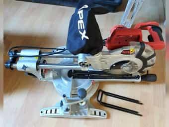 Apex Laser Zug Kapp - Holzsäge