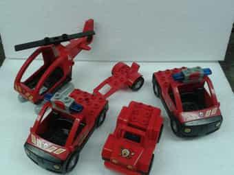 4 Lego-Duplo Feuerwehrfahrzeuge