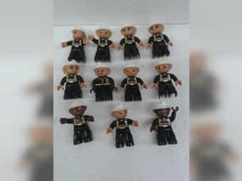 11 Lego-Duplo Feuerwehrleute