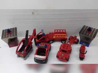 5 Lego-Duplo Feuerwehrfahrzeuge